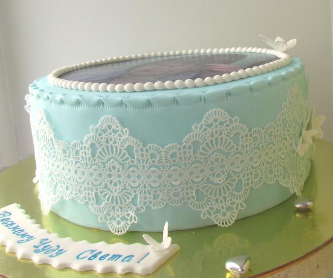 Шоколадные кружева на торте