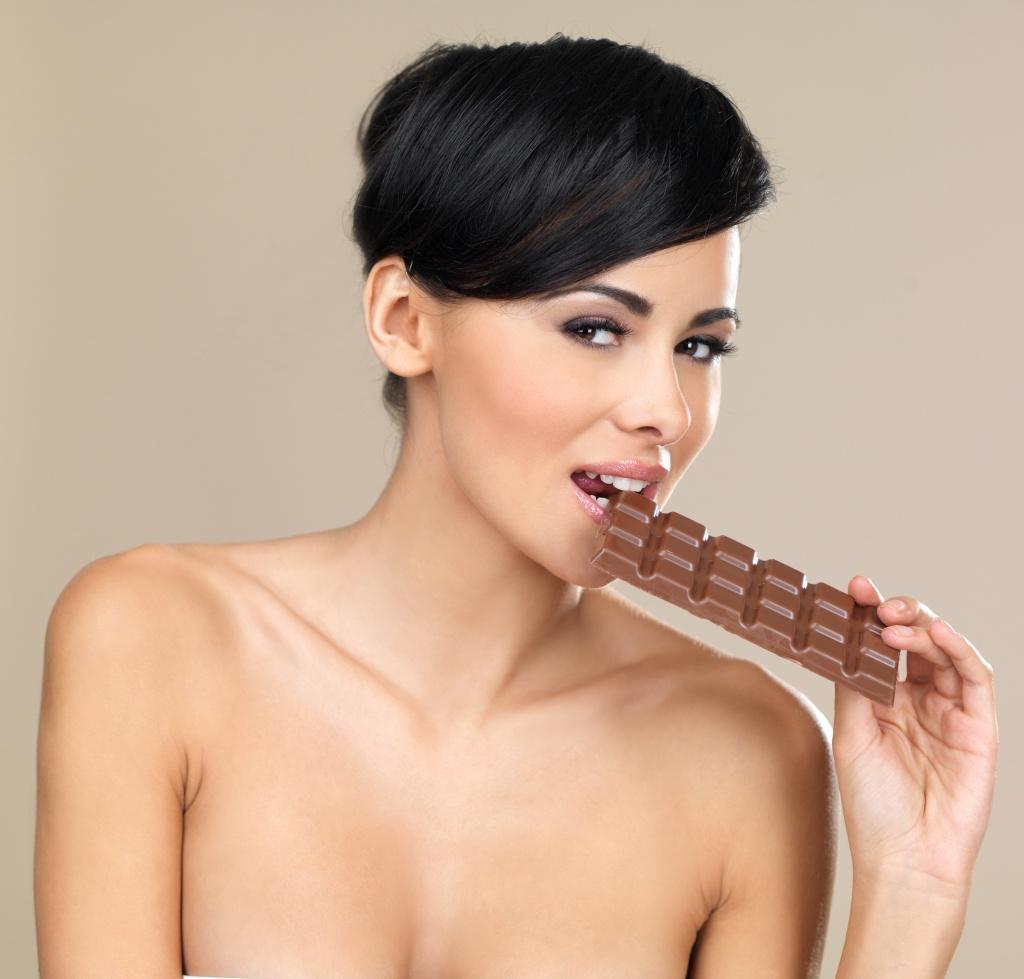 Шоколад в подарок женщине