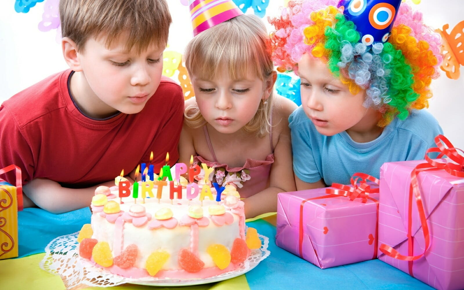 Почему популярны детские торты на заказ